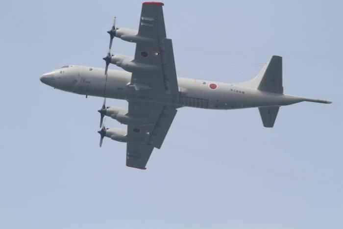 08-IMG_3772me自衛隊機.jpg